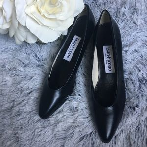 Evan Picone Black Leather Heels